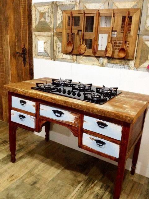 fogão cooktop - cooktop com balcão de madeira rústica de demolição