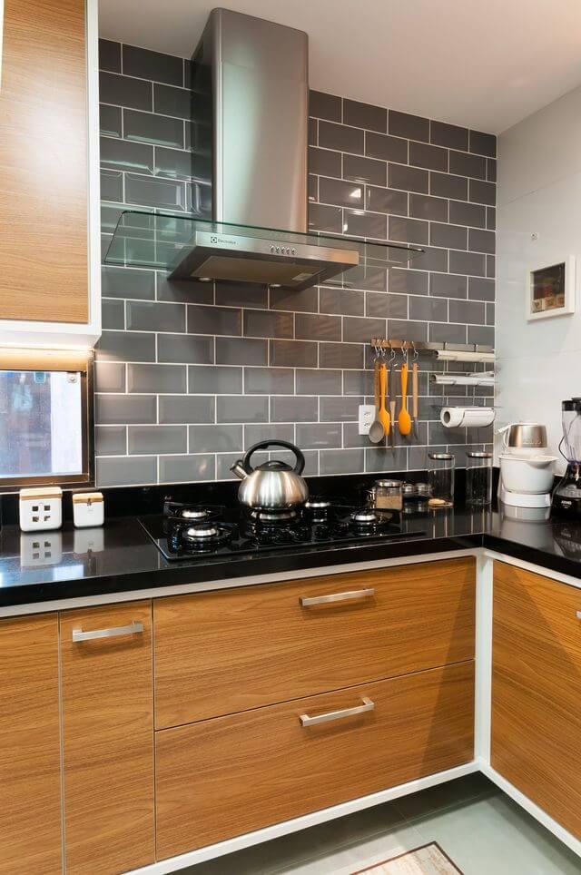fogão cooktop - cozinha com subway tiles cinza