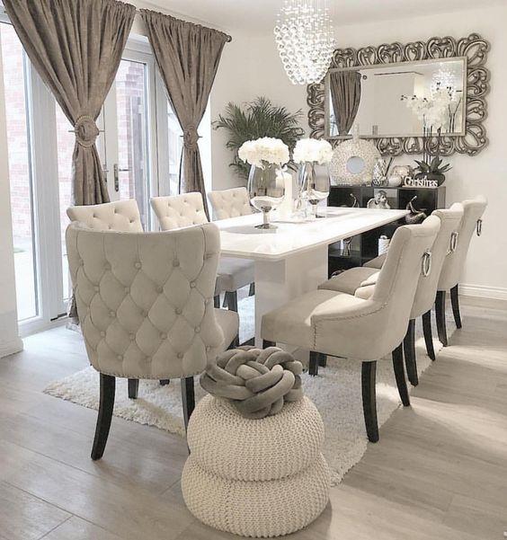 Móveis de sala de jantar na cor off white
