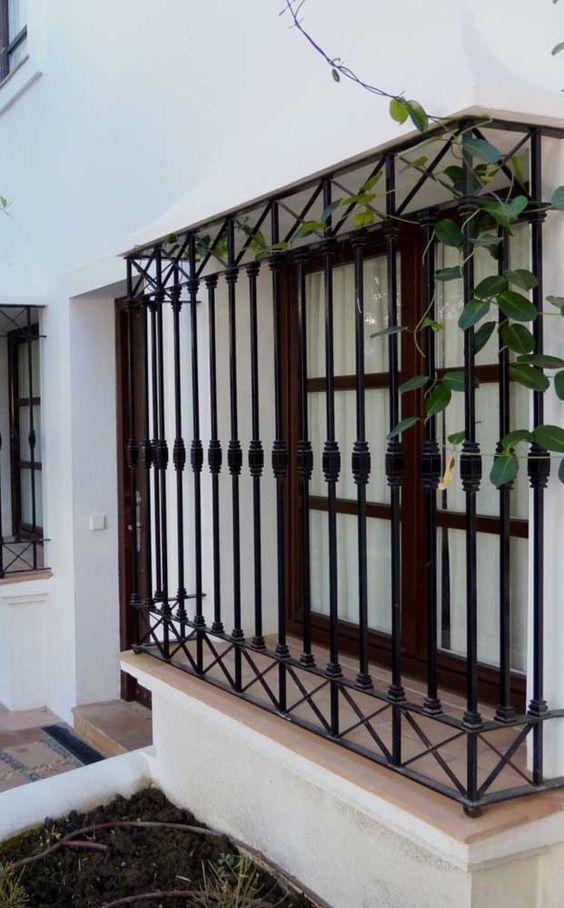 modelos de grades - grade preta clássica de janela