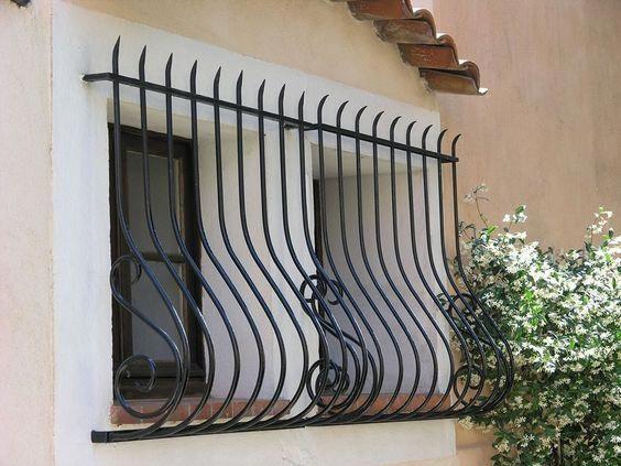 modelos de grades - grade preta clássica de janela - My Cozy Based