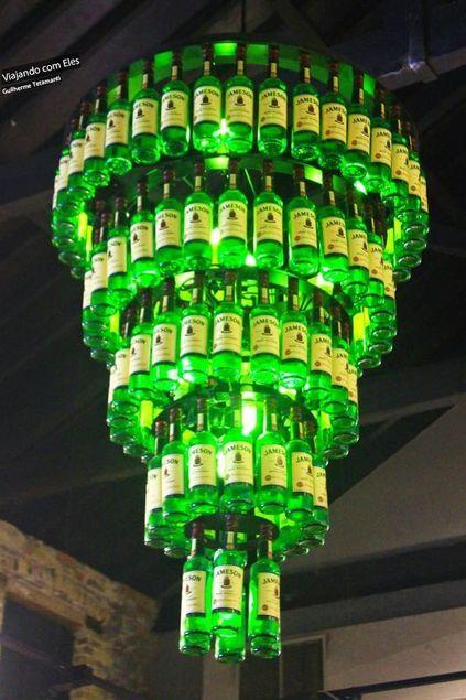 modelos de lustres - lustre com garrafas de vidro