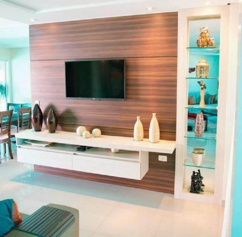painel com rack branco para decoração de sala pequena Foto Pinterest