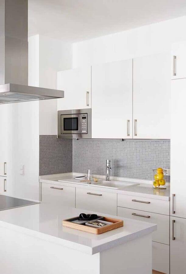 pastilhas para decoração de cozinha branca simples Foto Pinosy