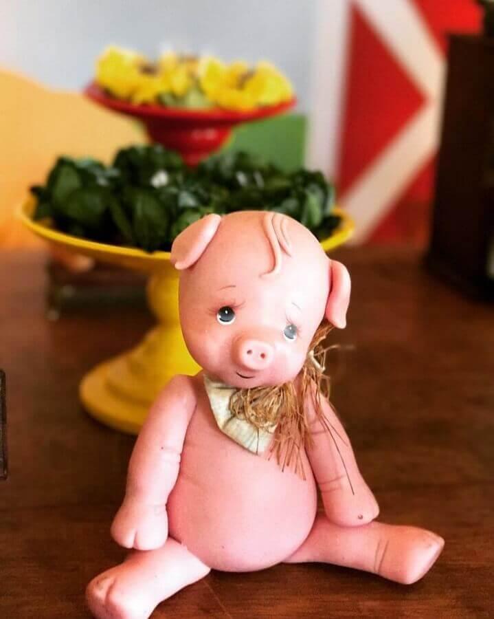 piggy toy for children's party little farm photo Le Décor