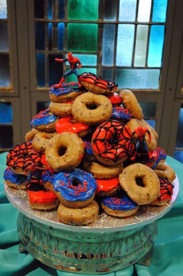 rosquinhas decoradas para festa infantil do homem aranha Foto Pinosy