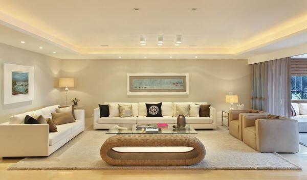 Sofá na cor off white