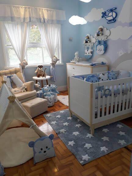 tapete azul estampado