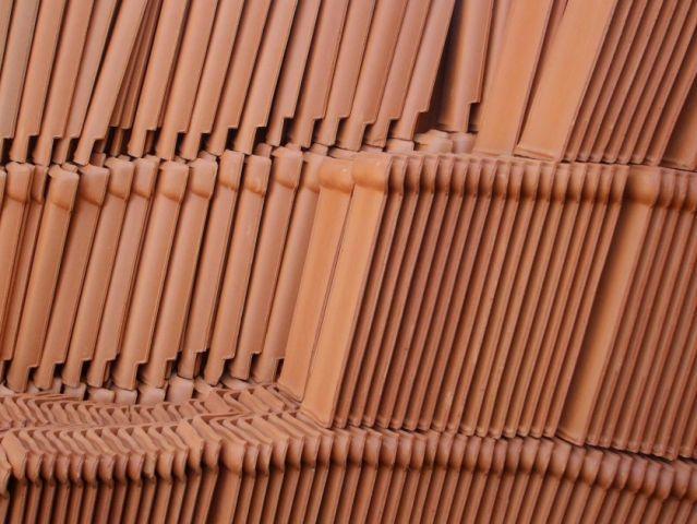 telha portuguesa - filha de telhas portuguesas