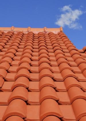 telha portuguesa - lateral de telhado