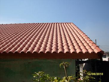 telha portuguesa - telhado de casa com telha portuguesa