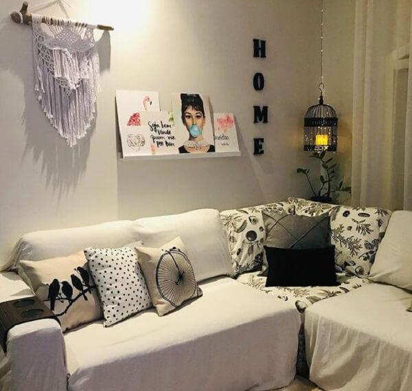 Enfeite a sala de estar com gaiolas decorativas