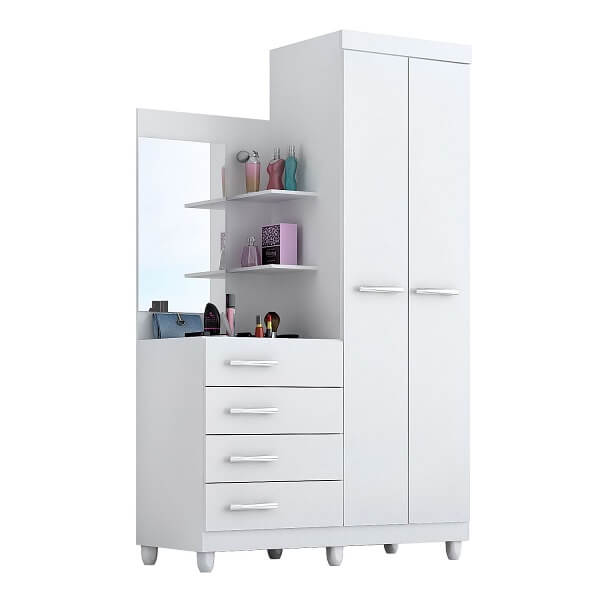 A cômoda conta com a presença de uma sapateira com espelho, prateleiras, e 4 gavetas