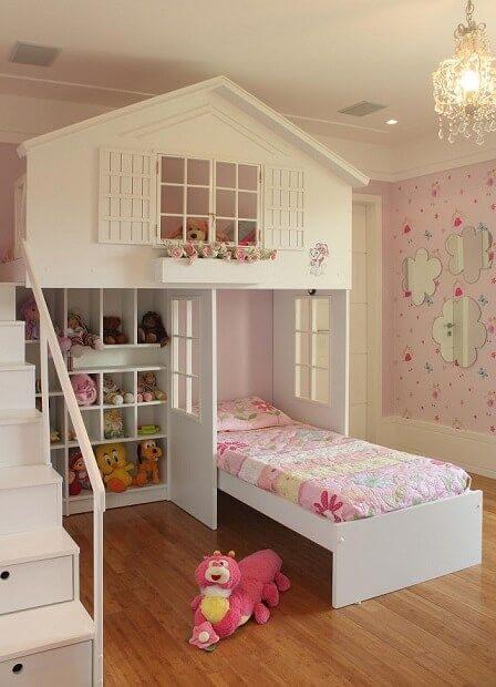 A cama casinha deixa a decoração do quarto mais divertida. Fonte: Pinterest