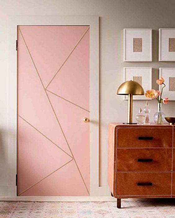 Adesivo de porta rosa e dourado