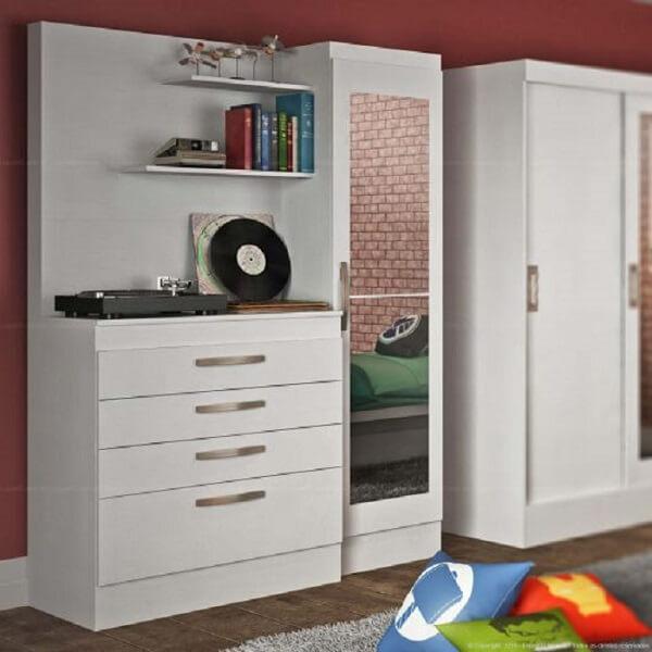 Cômoda com sapateira e espelho branca com 4 gavetas e prateleiras