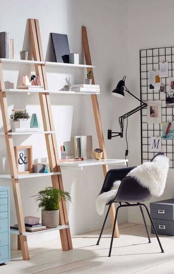Estante escada com escrivaninha para sala de estar