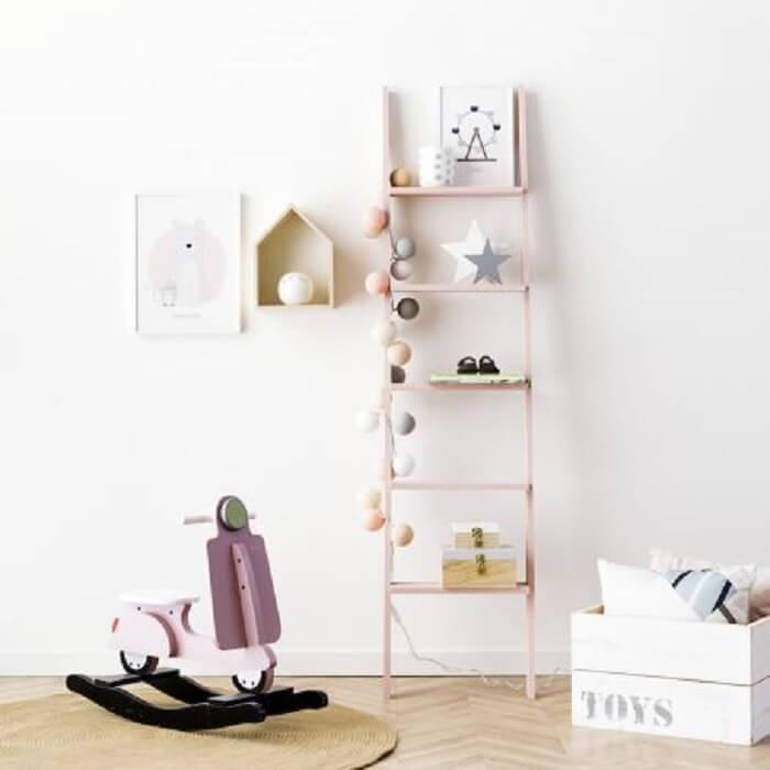 Estante escada madeira para quarto