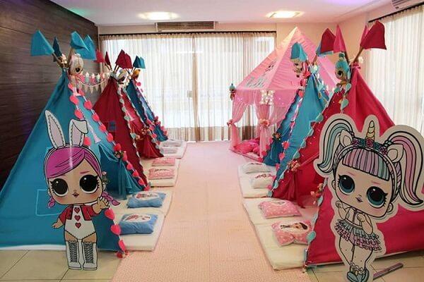Festa do pijama temática com cabaninha infantil