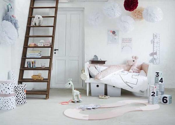 Invista em tapete emborrachado para quarto infantil com design criativo