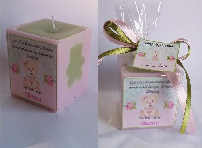 Lembrancinha de maternidade feita com vela