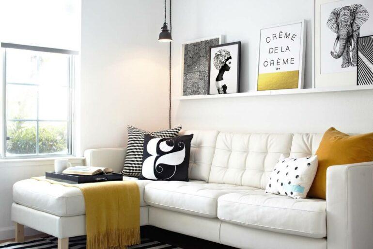 O tecido para sofá de couro branco traz neutralidade para o ambiente