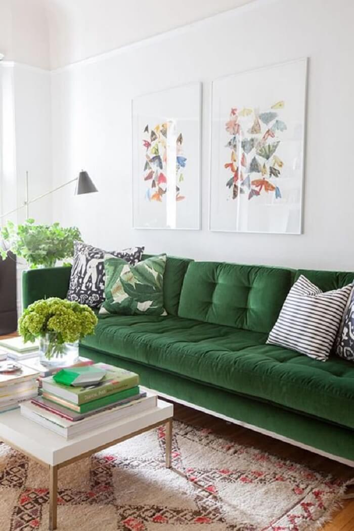 O tecido para sofá de veludo verde é estiloso e sofisticado