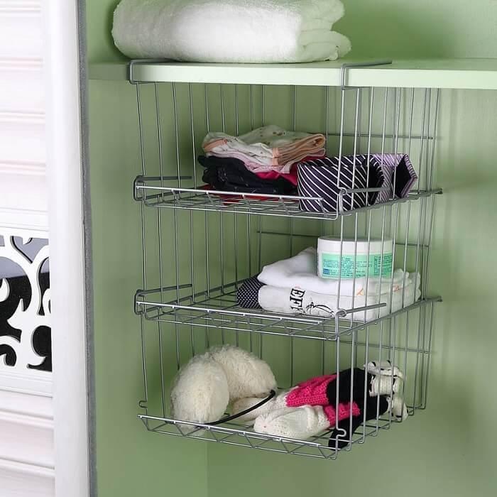 Prateleira para banheiro pequeno com estrutura de encaixe