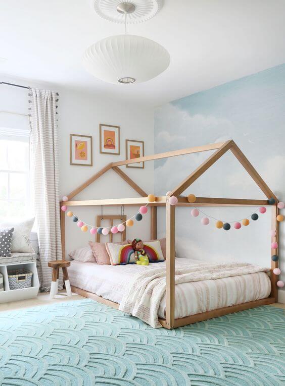 Quarto infantil acolhedor com cama casinha. Fonte: Pinterest