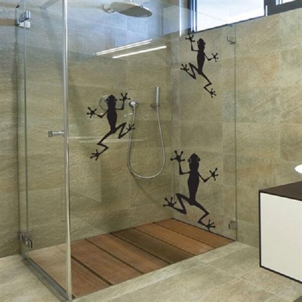 Sapinhos para a hora do banho com esse adesivo para box de banheiro