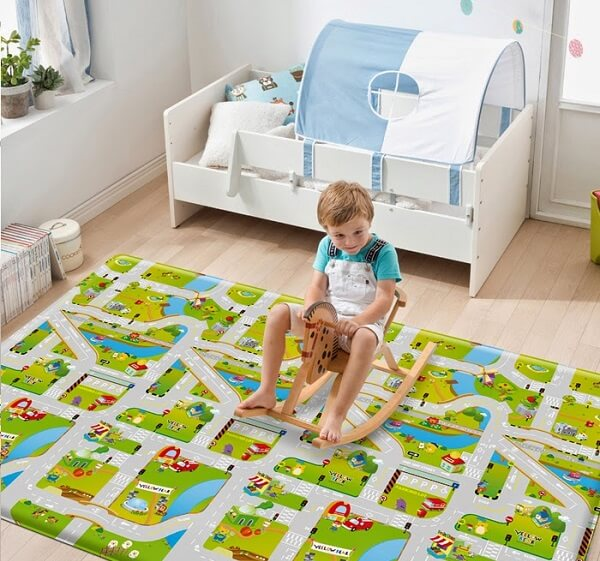 Tapete emborrachado para quarto infantil