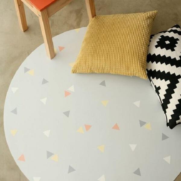 Tapete emborrachado em formato redondo para decoração do ambiente