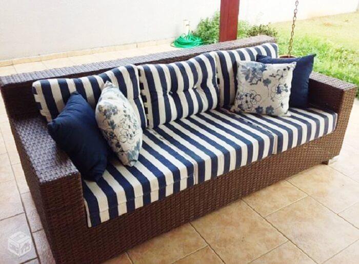 Tecido para sofá impermeável acquablock é o melhor para áreas externas