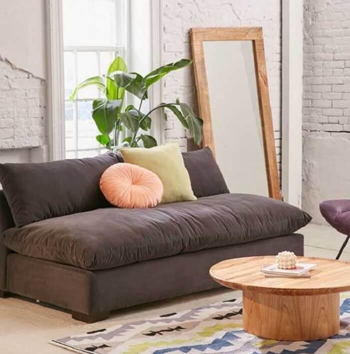 Tecido para sofá suede traz conforto e macie para os usuários