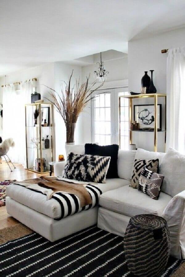 almofadas decorativos para sofá branco com chaise Foto Original Home
