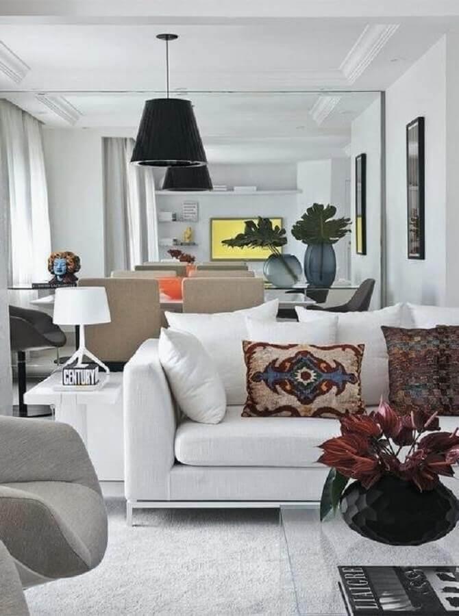 almofadas estampadas para sala com sofá branco Foto Pinterest