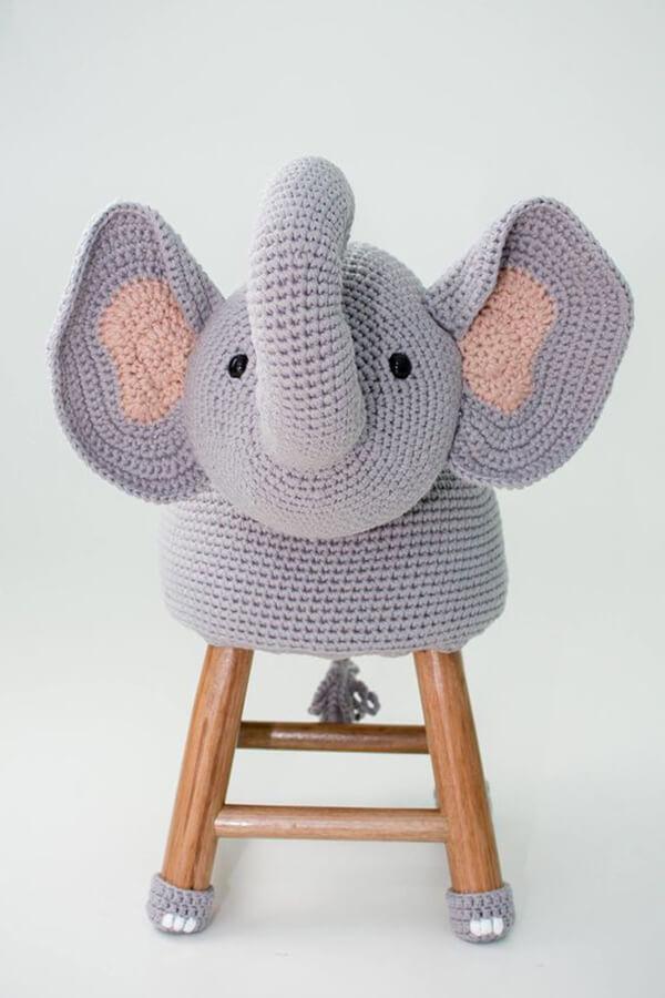 Banquinho de elefante amigurumi
