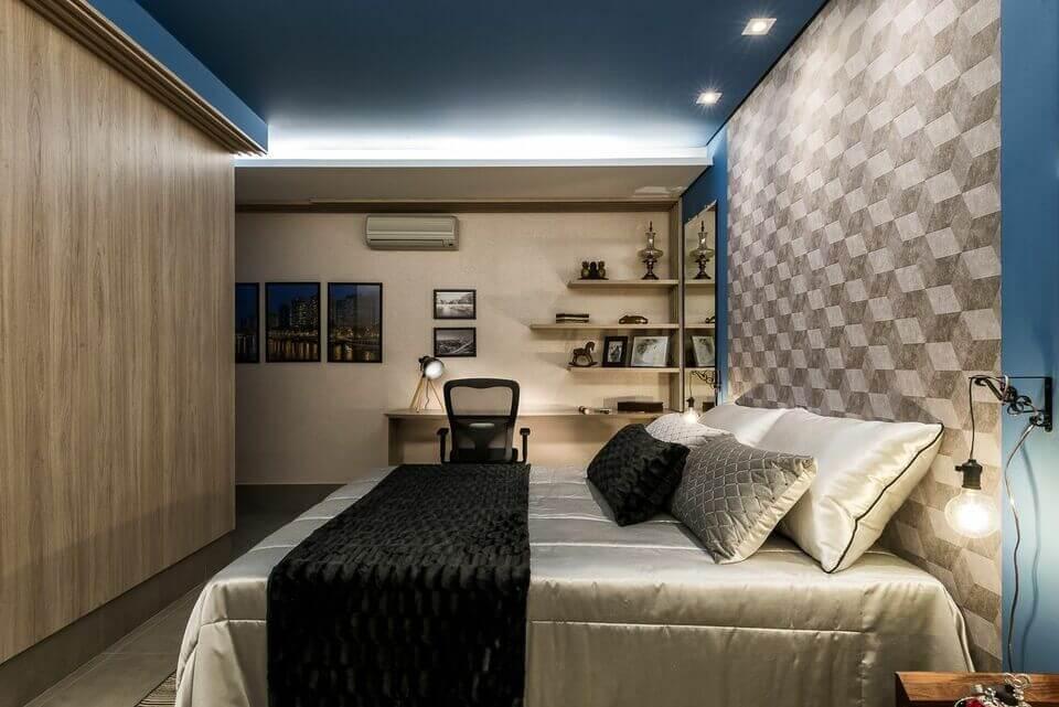 ar condicionado split - arandela industrial no quarto azul de painel cinza