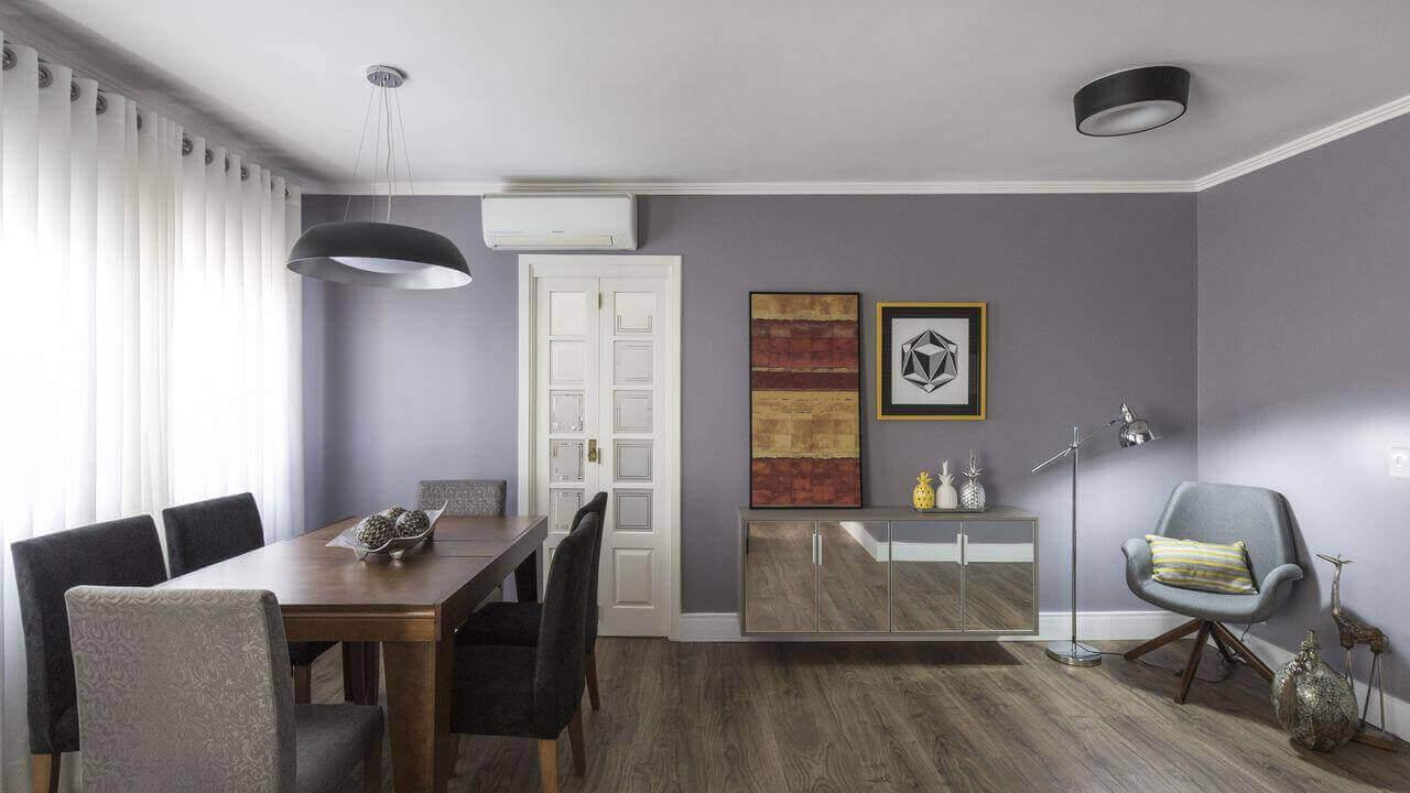 ar condicionado split - sala de jantar e hall em cinza e branco