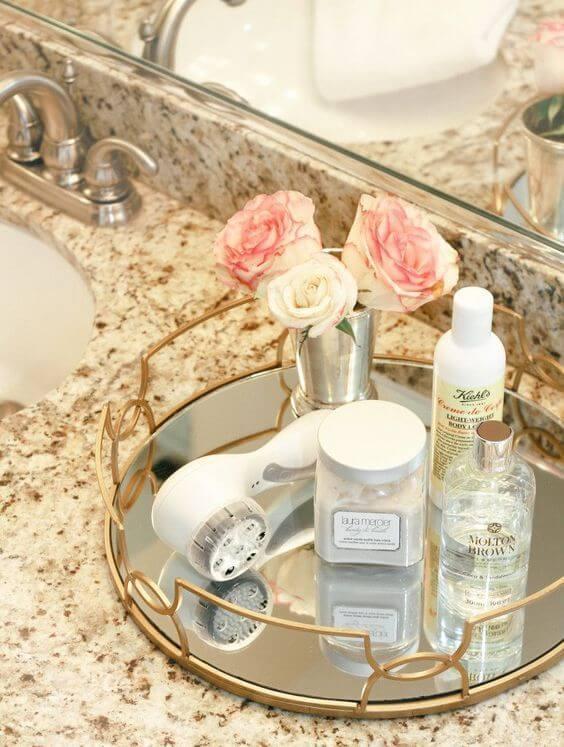 bandeja espelhada para banheiro