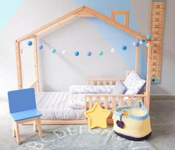 Cama casinha infantil com grades para crianças - Por: Muskinha