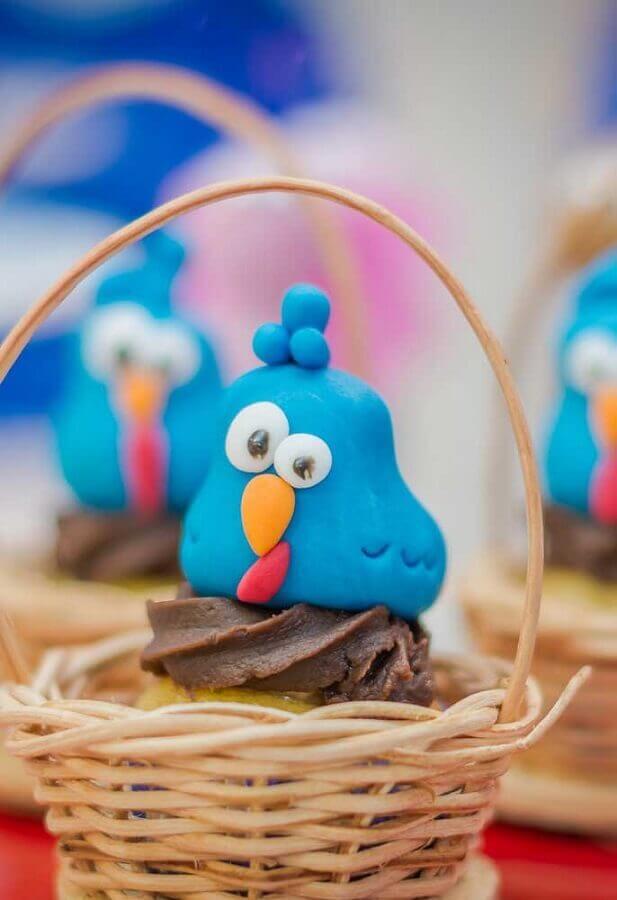 cestinha rústica para docinhos de festa da galinha pintadinha Foto Pinterest
