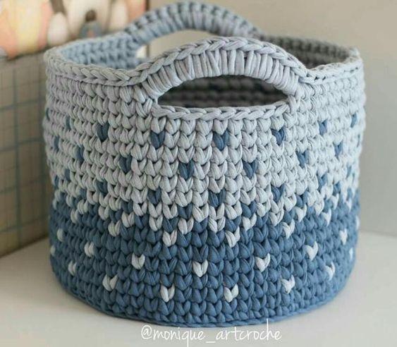 cesto de crochê - cesto azul com degradê