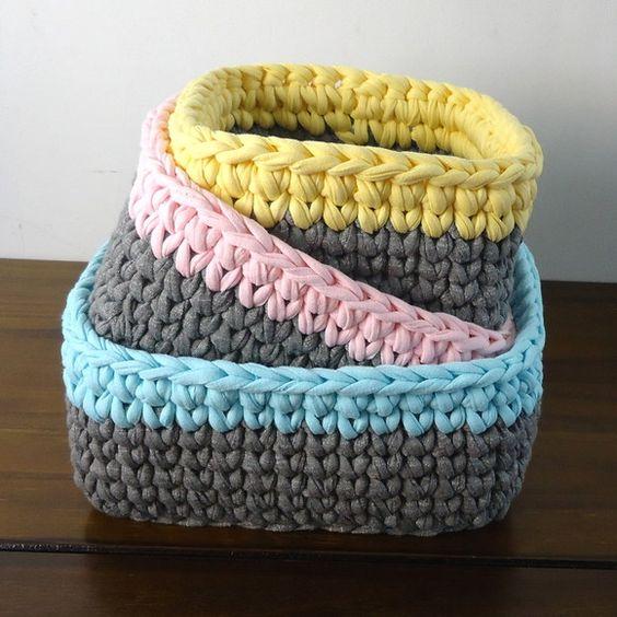 cesto de crochê - cestos coloridos
