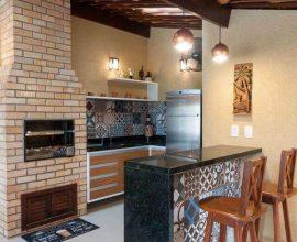 churrasqueira de tijolo - churrasqueira revestida com tijolinho - Berna Projetos