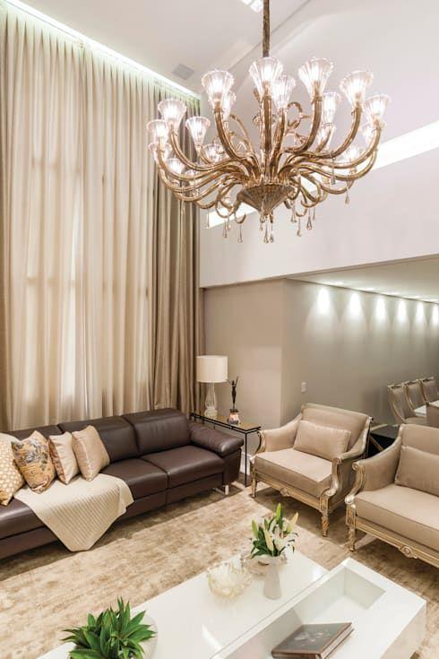 cor fendi - sala clássica com parede fendi