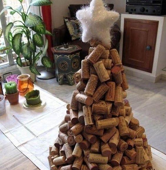 cortiça - árvore de natal com rolhas de cortiça