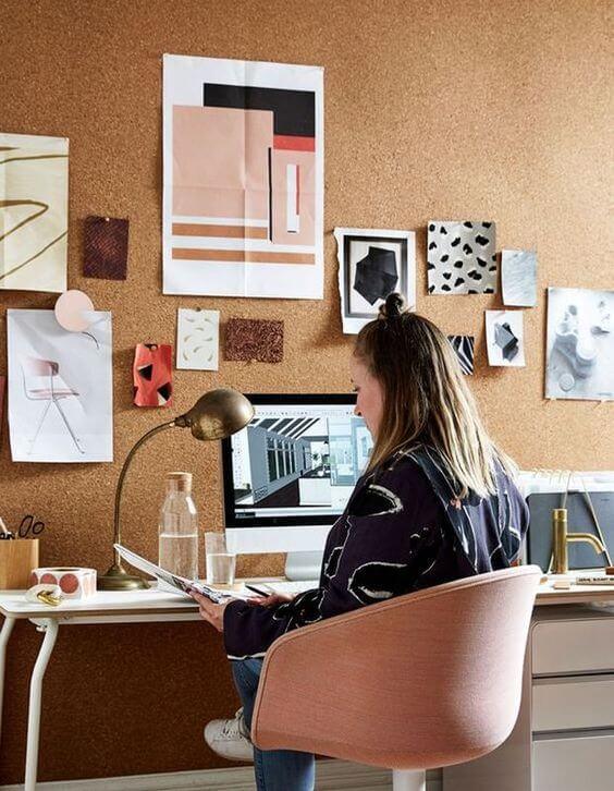 cortiça - escritório com parede de cortiça