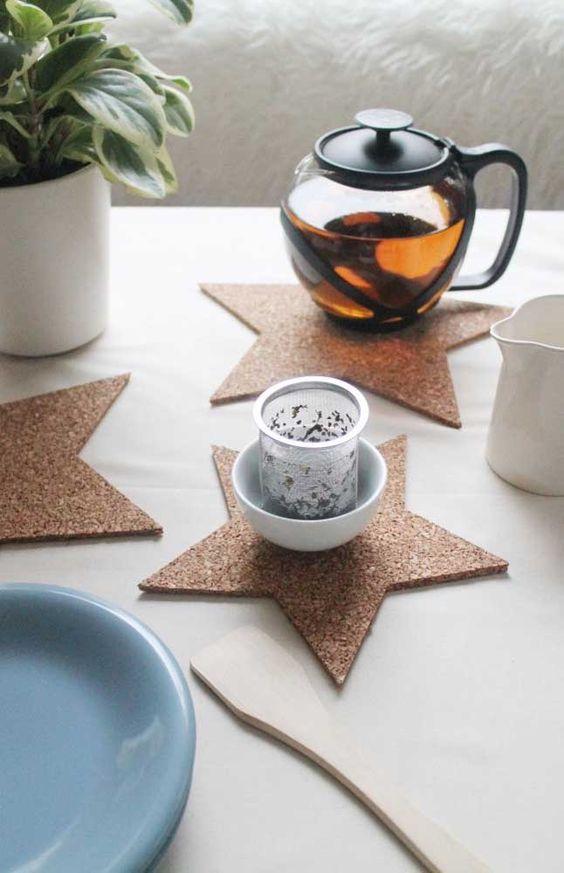 cortiça - porta copos de cortiça em formato de estrela