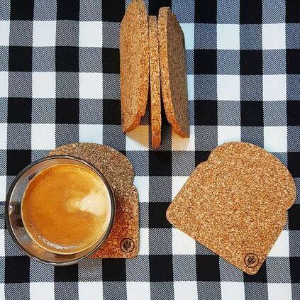 cortiça - porta copos de cortiça em formato de pão